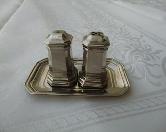 Salt and Pepper shakers, Vintage