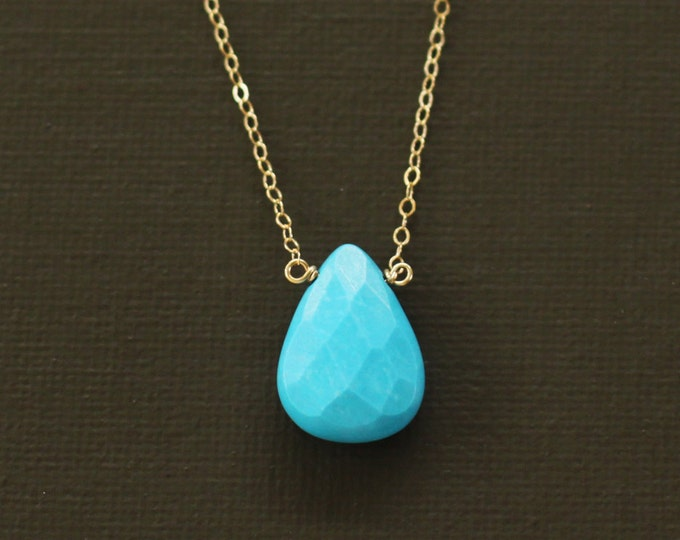 Turquoise Magnesite Teardrop Gold Necklace