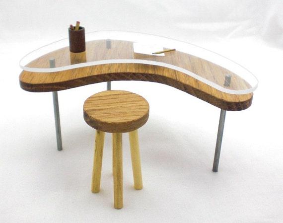 Miniature Glass Top Boomerang Table - Oak