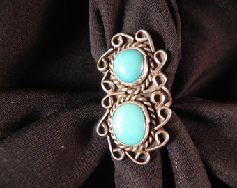 Vintage  Ring Native American IndianTwo Turquoise  Stone Settings Silver Wire Roping and Loops