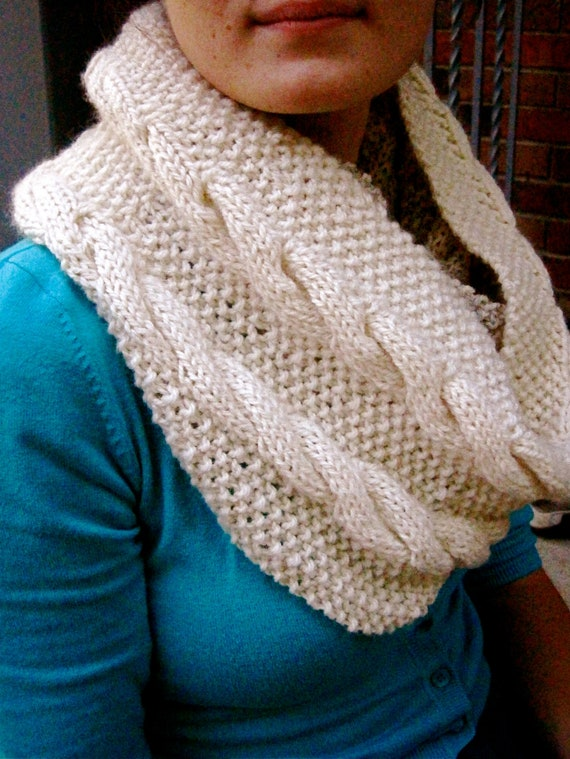 Cable Knit Wool Infinity Scarf Hand Knit Warm Winter Cowl