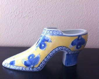 "MOTHER'S DAY GIFT Collectible Seymour Mann ""China Blue"" Fine Porcelain High Heel Shoe yellow /blue"
