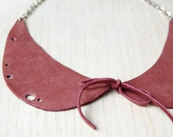 Eco friendly peter pan collar necklace.