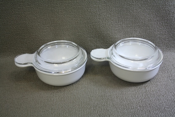 items similar to corningware grab it bowls with 2 glass and 2 plastic storage lids p 150 b on etsy. Black Bedroom Furniture Sets. Home Design Ideas