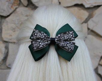 haunted hair bow - green