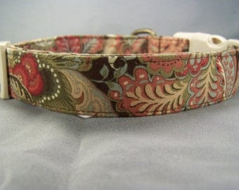 Jacobean Scroll on Brown Dog Collar