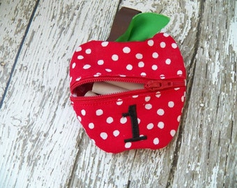 APPLE POUCH
