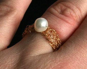 Ring gold plated wire bead Suesswassserperle gold adjustable white cream elegantly simple