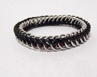Bracelet - Black and Silver Persian Stretch Braclet