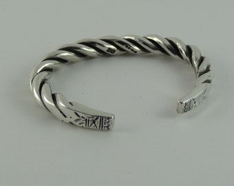 Twisted Silver Cuff Bangle Hand Made From 925 Sterling Silver with detail