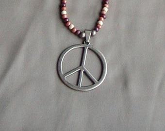 Hippe Peace Pendant