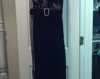 Jessica McClintoch dress Vintage  1991. Black  Velvet  size 8 long Formal.