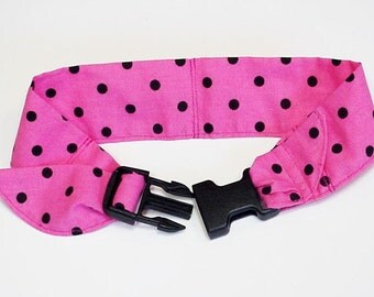 Dog Cooling Bandana Fabric Band Neck Cooler Collar with Buckle Adjustable Size Medium 14 to 18 inch Pink Black iycbrand