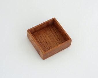 Miniature fine craftsmanship shadow box - DEEP hardwood Tray - Mahogany - 25.5 mm cavity side - (F4d-M)
