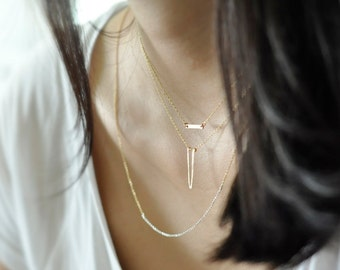 Dagger necklace - point necklace - minimalist necklace - delicate necklace - Gold filled - Sterling silver - thin chain necklace - Apex