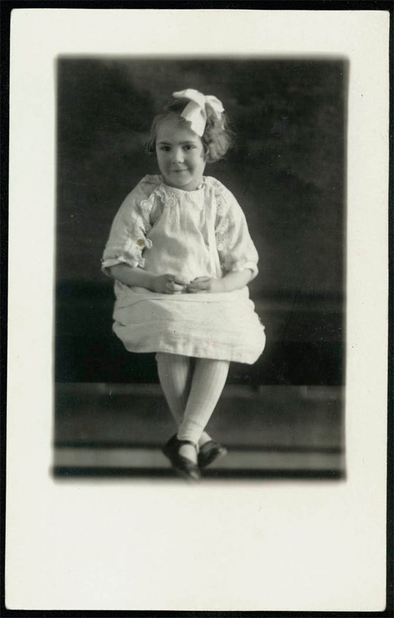vintage photo Adorable little girl sweet Ruth Jane Erion 4 years 1926 RPPC