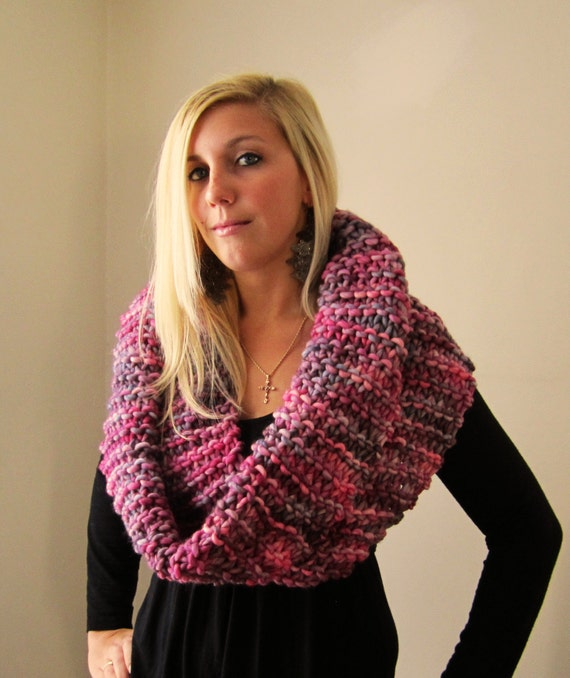 Big Chunky Knit cowl Red. Charcoal Grey. White.