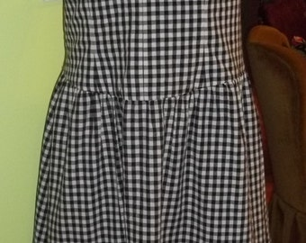 INCREDIBLE Black and White Gingham Check Sundress by Carmen Marc Valvo