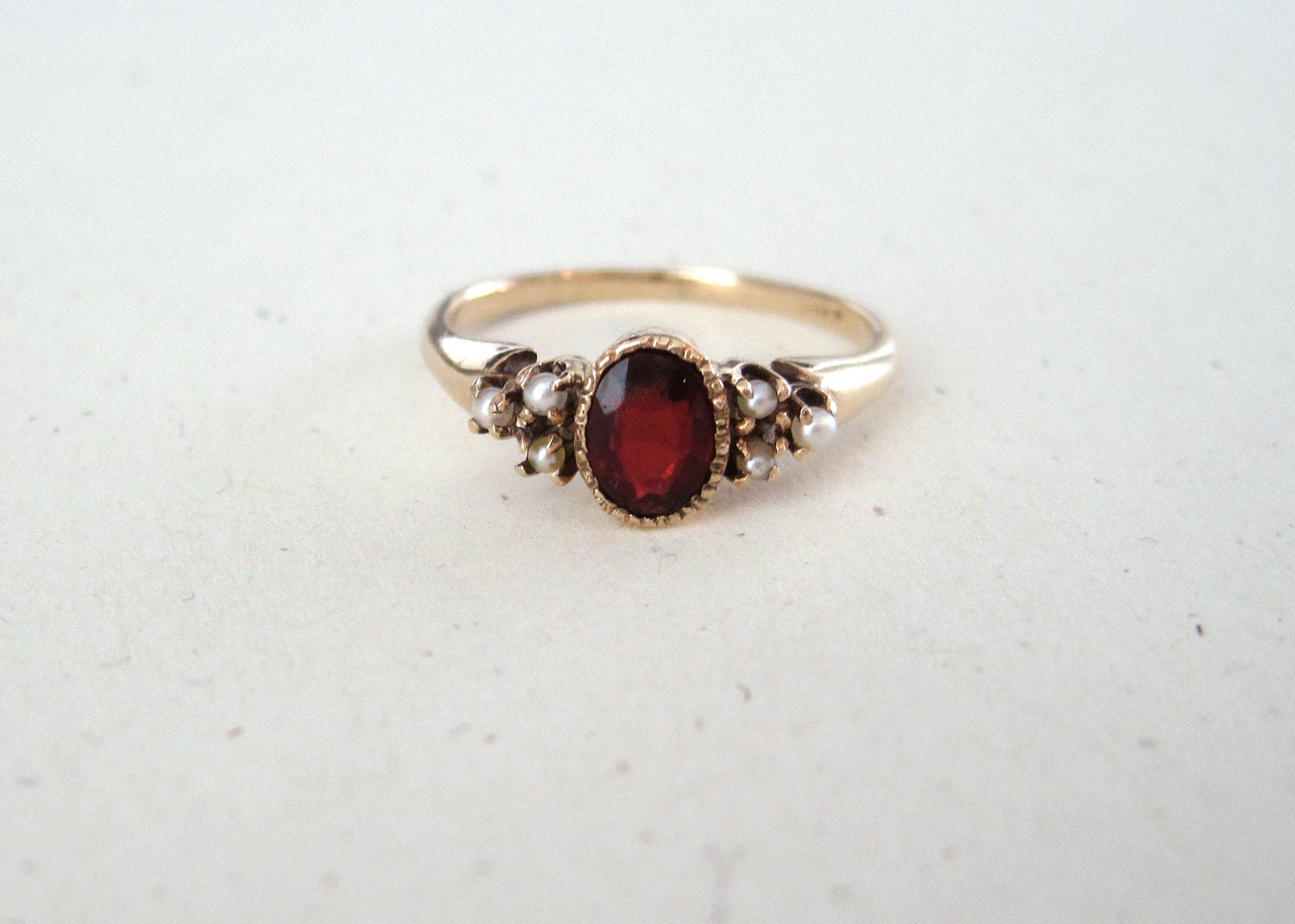 Antique Victorian Garnet And Seed Pearl 10k Yellow Gold Ring
