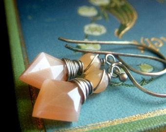 Peach Moonstone Earrings Oxidized Sterling Silver, Peach Gemstone Earrings, Diamond Arrowhead Shape Wirewrapped Dangle Briolette