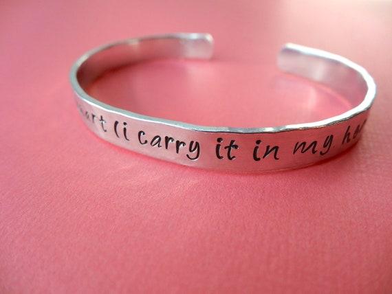 i carry your heart (i carry it in my heart) Bracelet - Custom Bracelet - Hammered 1/4 inch