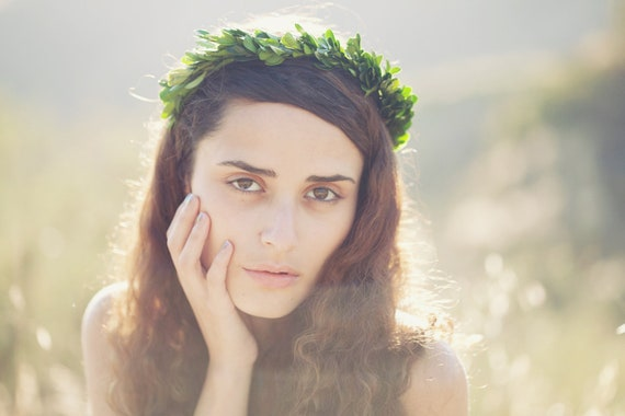 Boxwood leaf head piece, Boho bridal flower crown, Natural hair wreath, Winter wedding, Holiday wedding - ATHENA