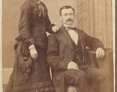 ANTIQUE CDV PHOTO - Fancy Couple from Kingston Ny - Mr and Mrs Trowbridge - carte de visite