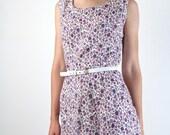 Wiggle Dress / 1960s Floral Dress