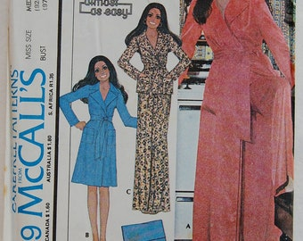 """1970s vintage original McCall's 4719 sewing pattern women's robe and pyjamas bust 36"""" - 38"""""""
