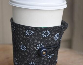 Steel Gray Daisy Fabric Print for your Java or Tea Wrap Around Sleeve