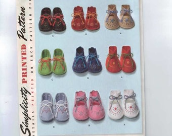 Baby Sewing Pattern Simplicity 2867 0264 1948 1940s 40s Reproduction Vintage Infant Booties Shoes One Size UNCUT