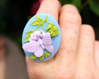 Large Lavender Butterfly Cameo Ring