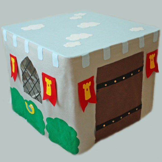 Castlefort - ePattern for a Castle Card Table Fort