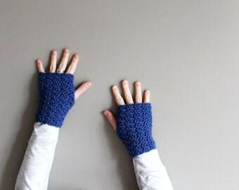 crochet fingerless gloves in SAPPHIRE BLUE (vegan friendly)