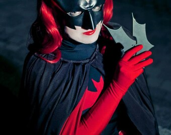 Halloween costume - Batwoman cosplay mask - Dart - Made to Order