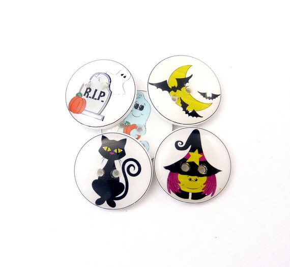 Sale halloween buttons 5 handmade buttons by buttonsbyrobin for Craft buttons for sale