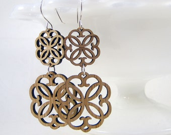 Double Rosette Earrings in bamboo
