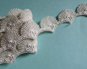 Lace Shell Trim in Ivory Venise Lace for Regency Costumes, Jewelry Design, Garments TR 100