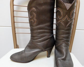 Vintage 80s Womens Gilver Bronze Metallic Leather Embroidered Cowboy Boots (sz 6.5)