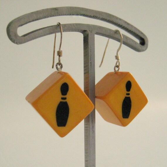 SALE Handmade Vintage Bakelite Bowling Pin Dice Earrings 5/8 inch Diagonal