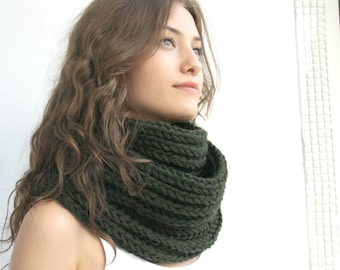 Infinity Loop Scarf  Hunter Green  For Her for women  and Gift under 60 Christmas Gift