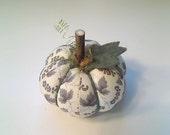 Autumn Pumpkin (N0.7) -- Size-1 -- Cotton Fabric Decoration or Pin Cushion
