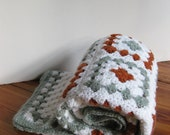 Vintage crochet baby blanket/ afghan/ nursery decor