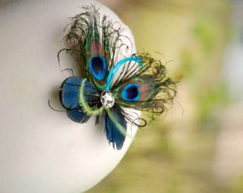 MINI Peacock Feather Butterfly Fascinator COMB / Pin. Paon Wedding Accessory, Fashionista Bride Flower Girl. Iridescent Golden Fun Statement