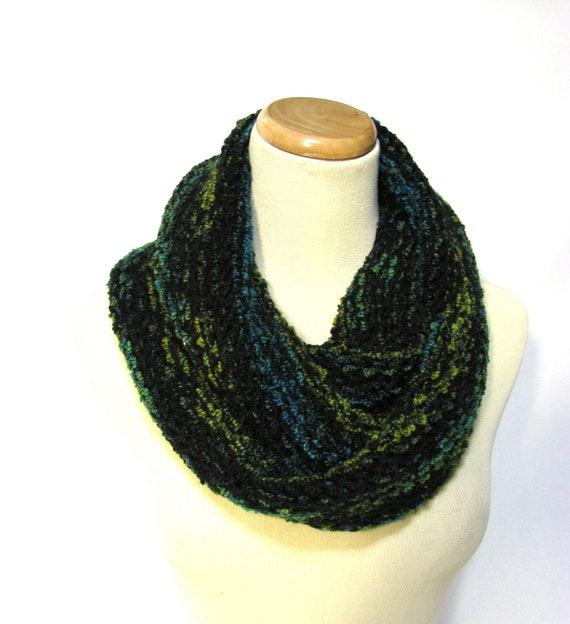 Infinity Scarf - Green Blue Black - Cowl Circular