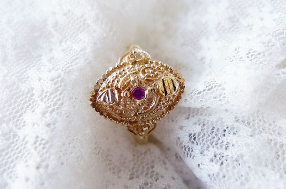 Indian Pink Lady. Small Red Ruby Set In A Delicate 14K Gold Indian Style Ring. Fine Jewelry. Made To Order. Customizeable. Alternative Ring.