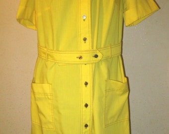 Vintage 60s or early 70s Bright Yellow Statement Collar Short Sleeve High Shirtwaist Belted Wiggle Dress larger size with POCKETS