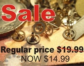 Steampunk Watch Gears Vintage NOS lot of over 200 Tiny steampunk clockwork Gears TG1