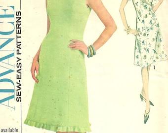 Advance 3464 / Vintage 1960s Sewing Pattern / Dress / Size 14