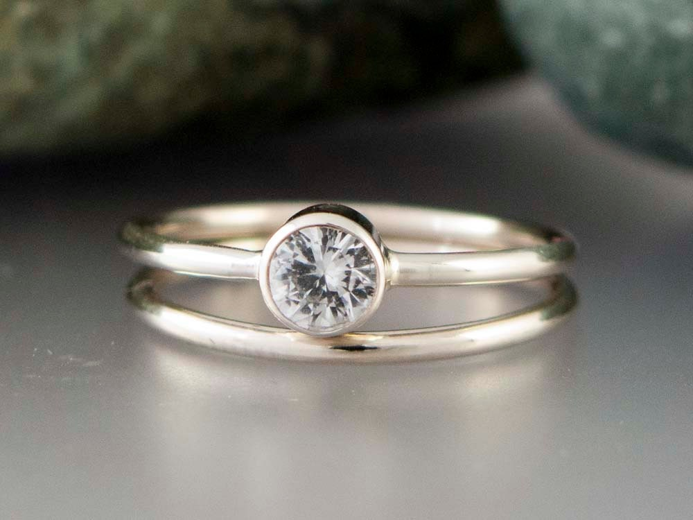 14k White Gold and Moissanite Wedding Ring Set Thin